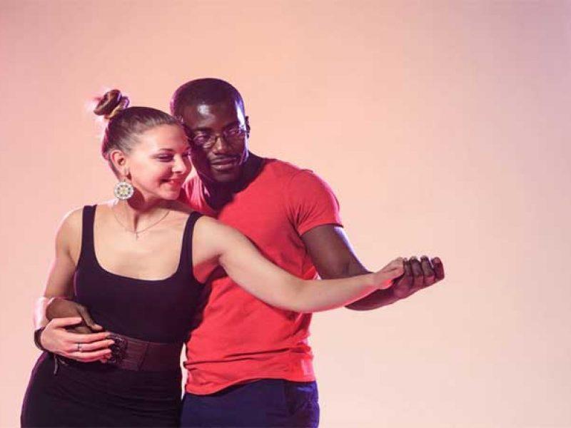 Aprender a bailar kizomba en Alcorcón
